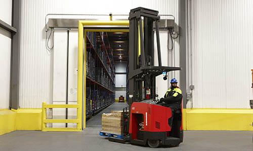 lift trucks, electric forklifts, forklifts